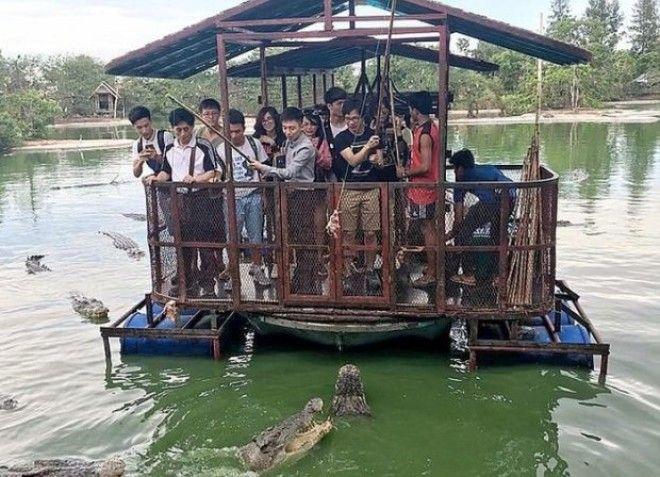 Самый опасный в мире аттракцион с крокодилами