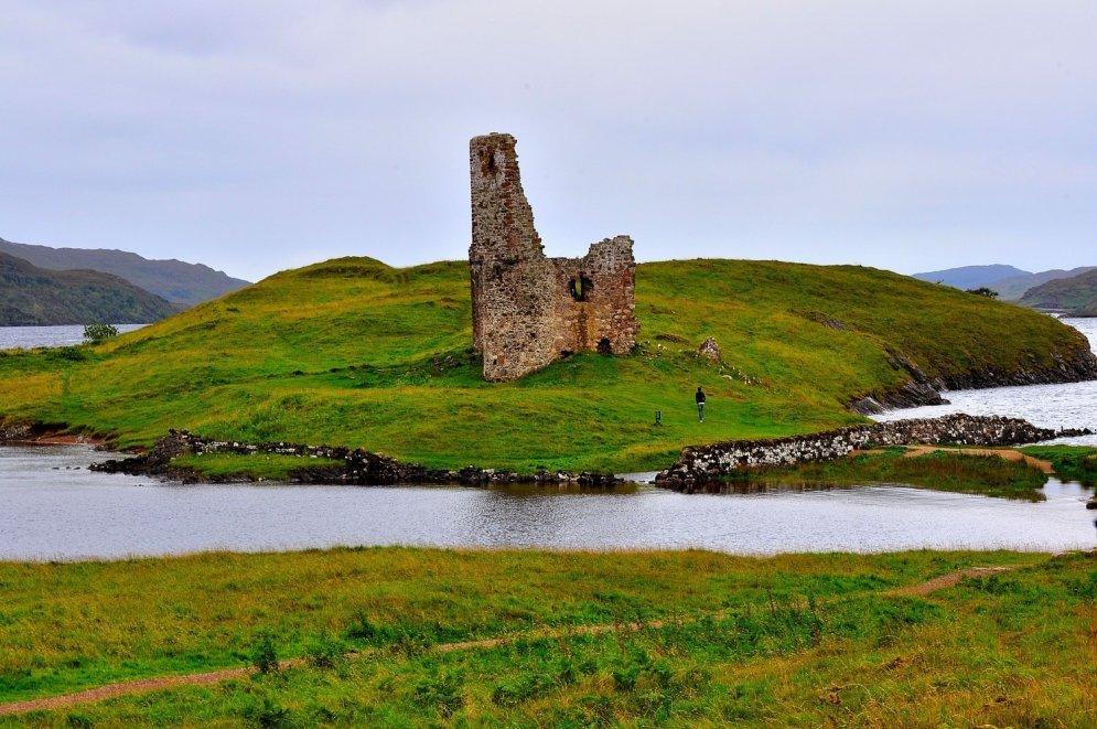 Замок Ардрек, Шотландия.