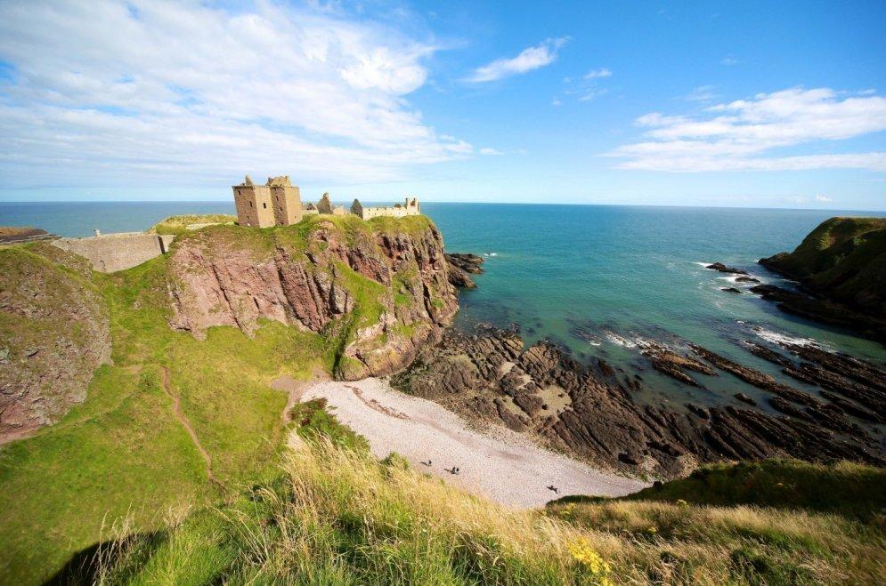 Замок Данноттар/ Cредневековый замок на восточном побережье Шотландии.
