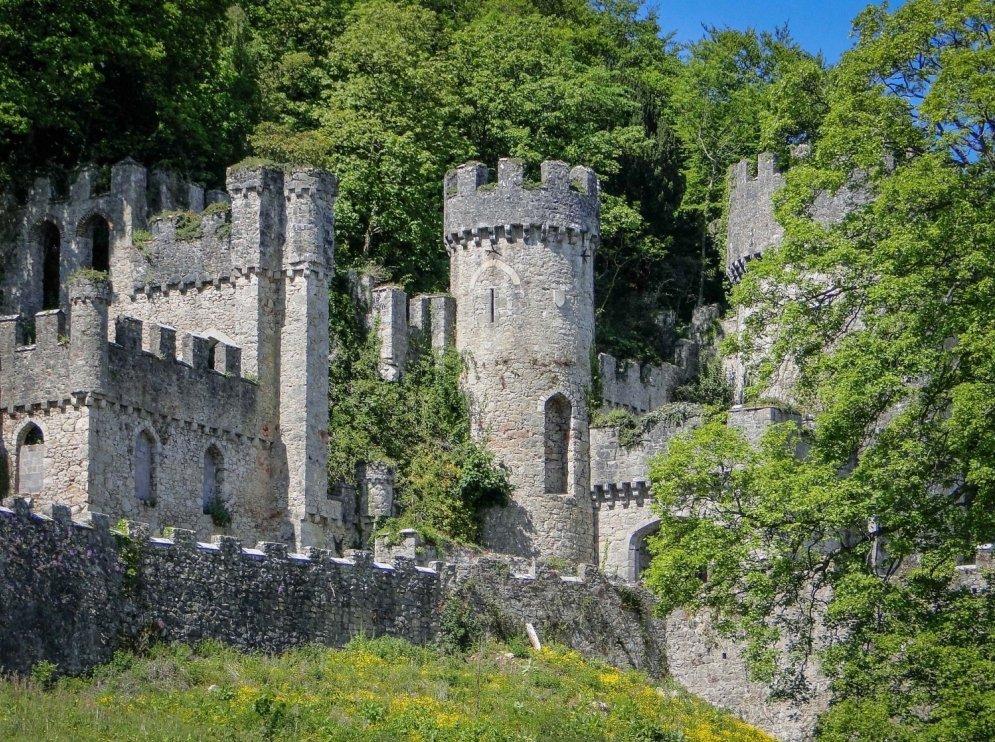 Замок Гврич, Уэльс.