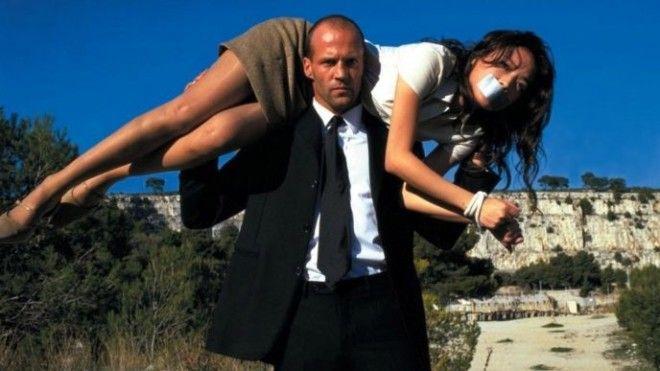 Кадр из фильма «Перевозчик»
