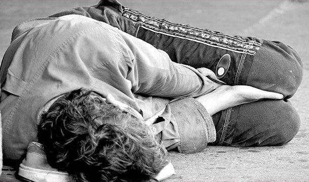 Продавец антиквариата подал в суд на бездомных