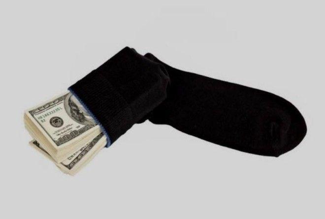 Мужчина из Калифорнии перевозил деньги в носках