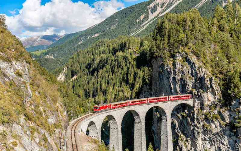 10 самых красивых железнодорожных маршрутов мира