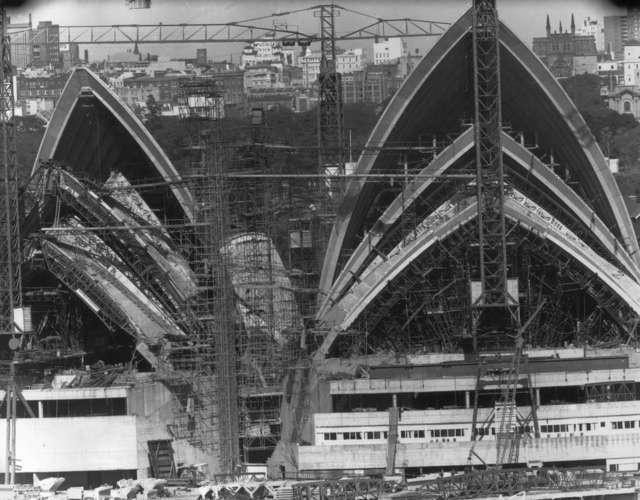Сиднейский оперный театр, 1966 год