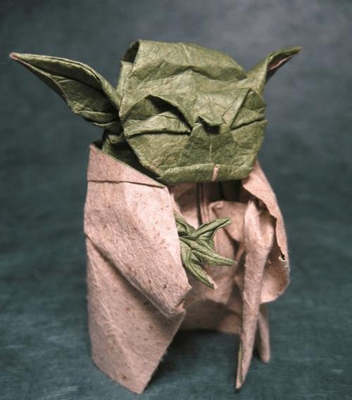 Мастер Йода из бумаги