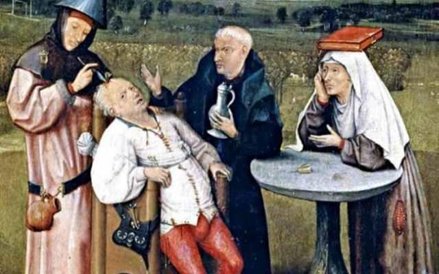10 ужасных вещей, которые считались нормой у людей древности