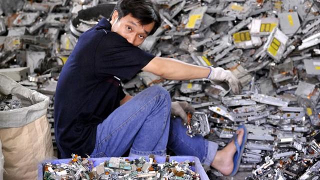 7.Сортировщикэлектронных отходов