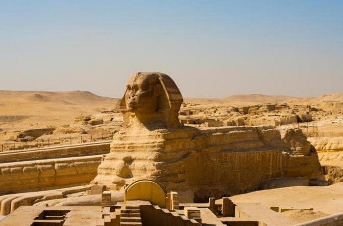 Изначально у скульптуры было несколько других названий