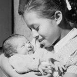 Самые молодые мамы в мире