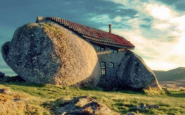 10 необычных домов, где действительно живут люди