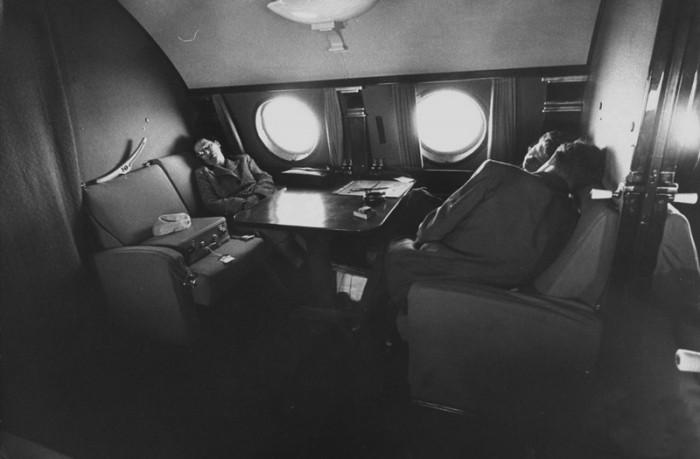 Салон первого класса Ту-104 походил на купе вагона