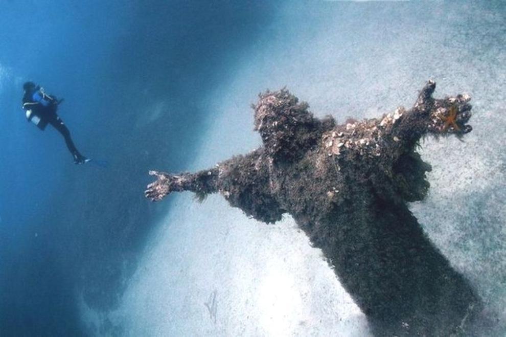 1. Христос из бездны в Сан-Фруттуозо в Италии