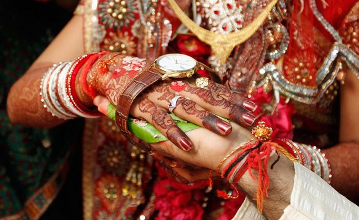 Каждый час из-за приданого в Индии погибает одна женщина