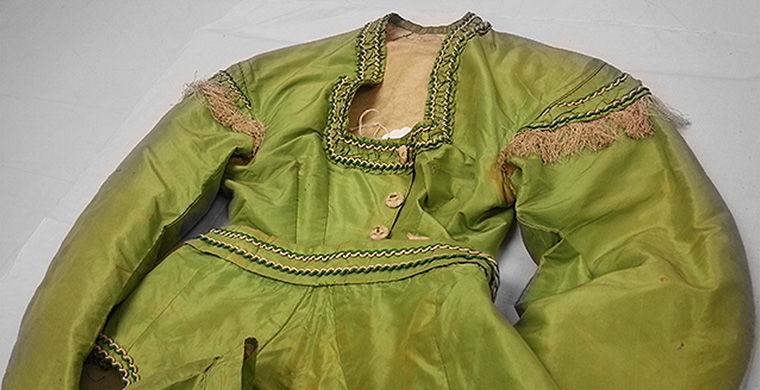 Зеленое платье, окрашенное с помощью «Зеленого Шееле», середина 1860-х