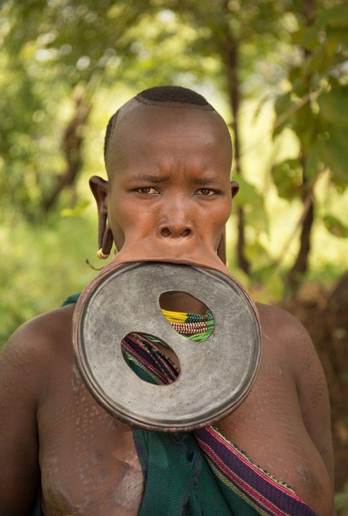 самый большой губной диск