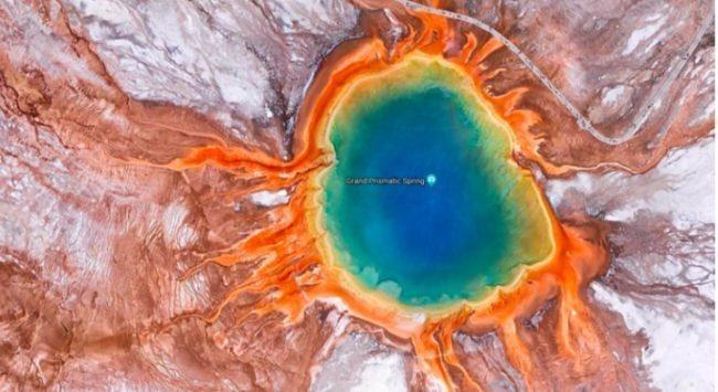 источник Гранд-Призматик в Йеллоустонском национальном парке