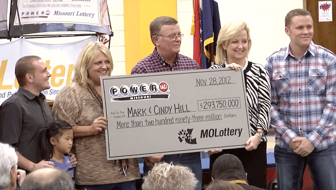 Powerball выигрыш 580 миллионов долларов