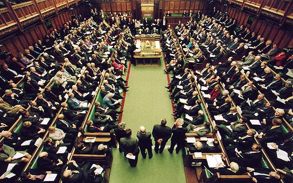 В английском парламенте запрещено умирать