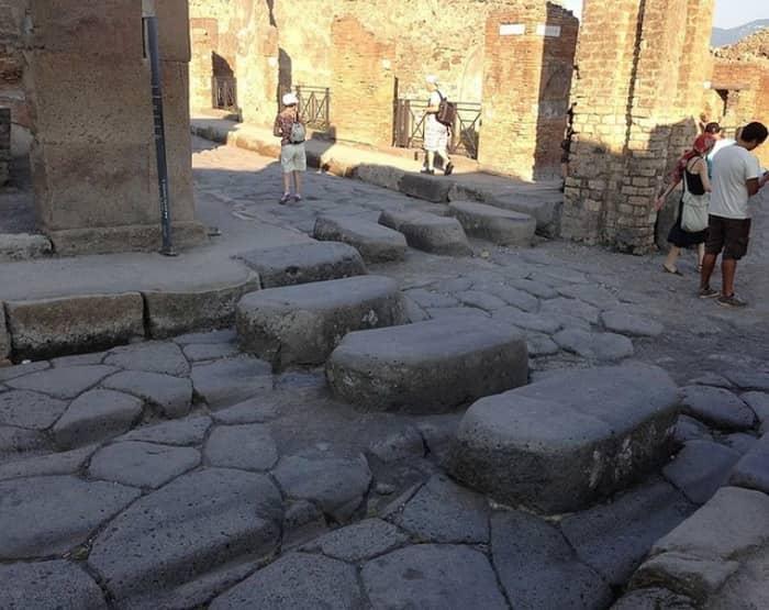 Каменная разметка в Древнем Риме