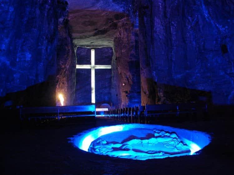 подземный собор, полностью сделанный из соли