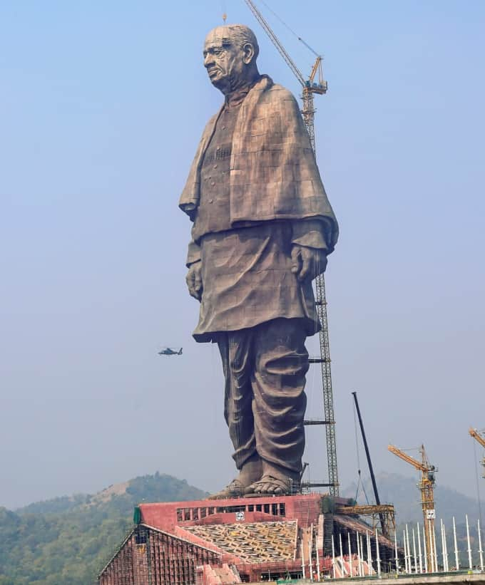 Строительство «статуи Единства»