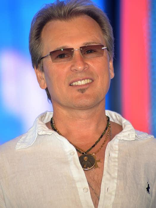 Александр Малинин — Александр Выгузов