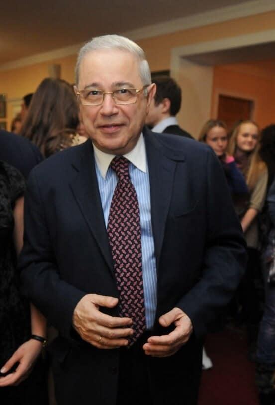 Евгений Петросян — Евгений Петросянц