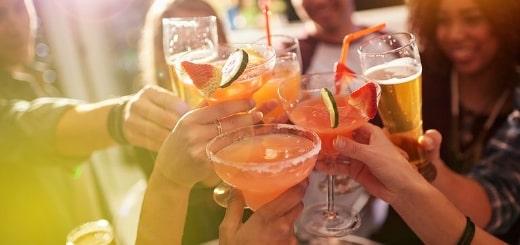 10 самых низкокалорийных алкогольных напитков