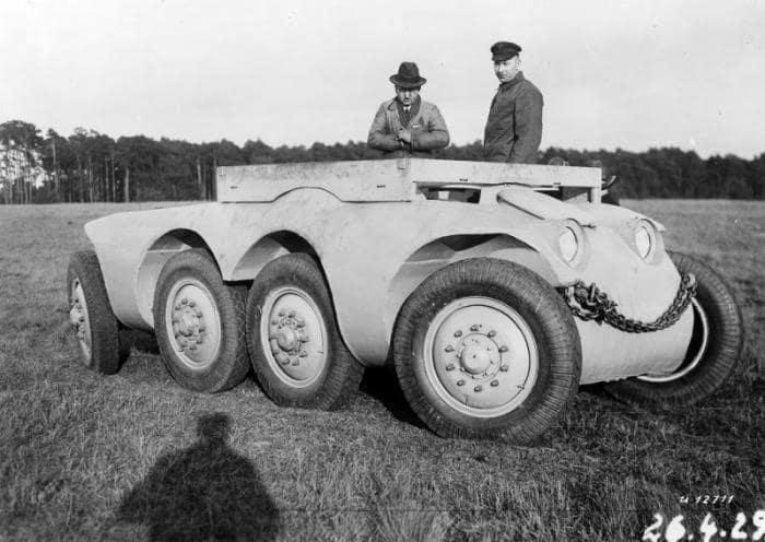 8. Daimler-Benz MTw 1