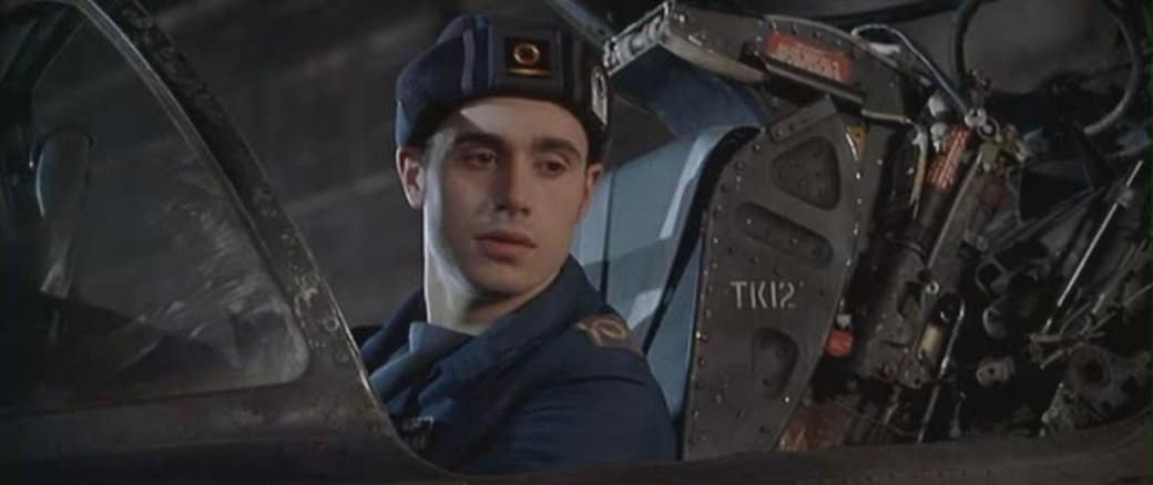 16. Командир эскадрильи (1999)