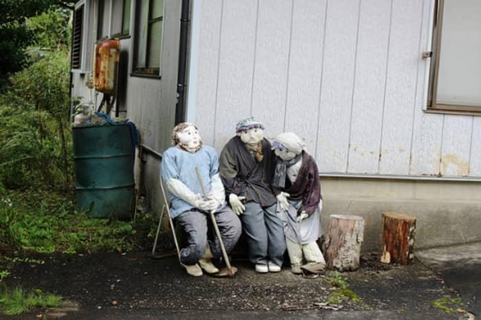 Деревня Нагоро, где живут большие куклы (Япония)