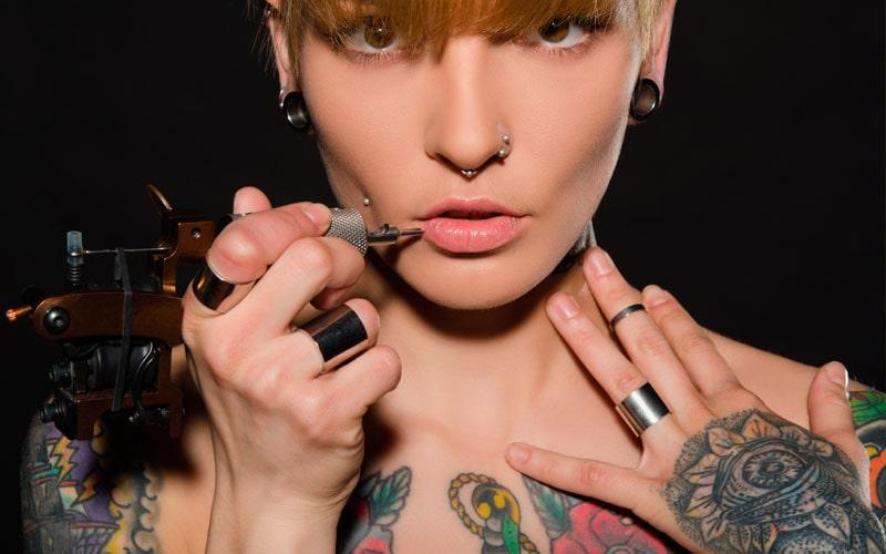 Налог на татуировки и пирсинг