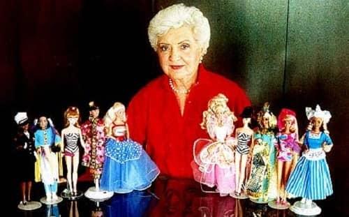 Рут Хэндлер с куклами Барби, 1997 г.