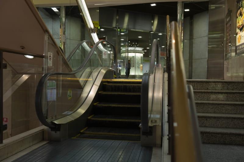 Самый короткий в мире эскалатор