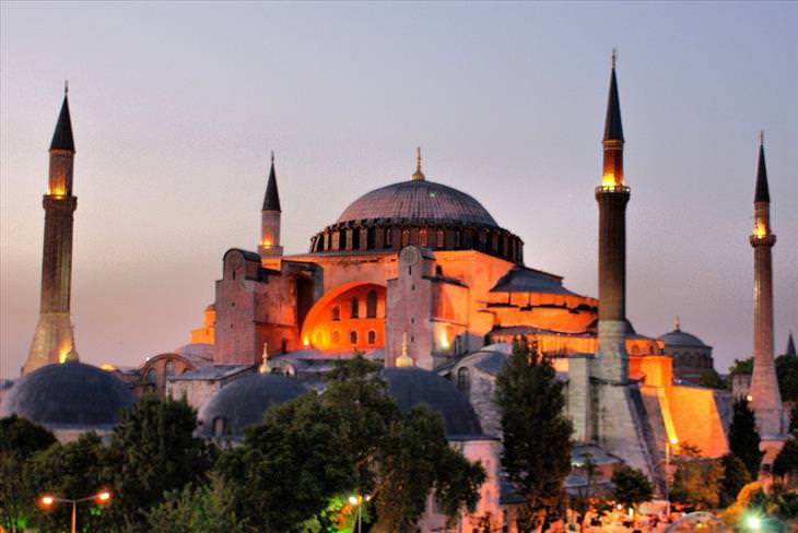 Hagia Sophia (Hagia Sophia)
