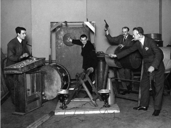 Запись звуковых эффектов на студии ВВС в 1927 году