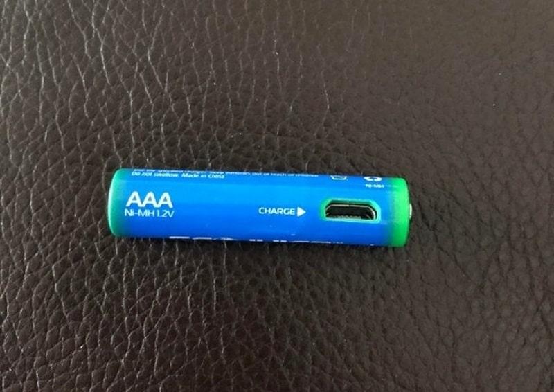 для подзарядки батарейки