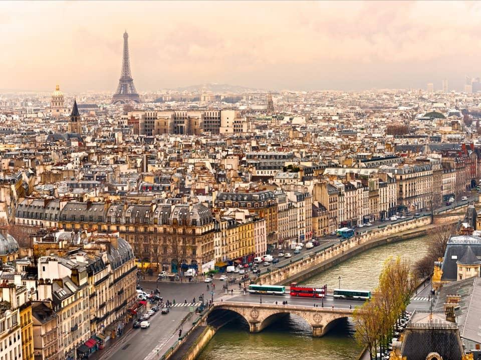 1.Париж, Франция
