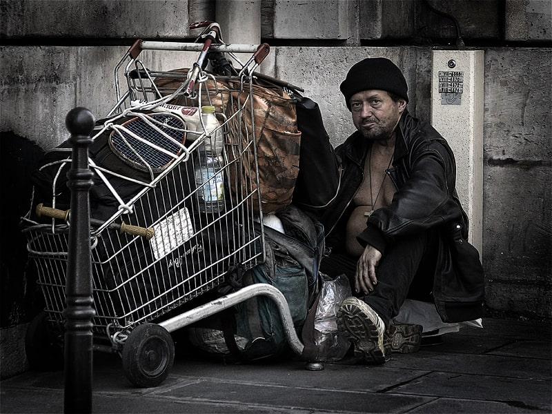 Бездомный в Париже