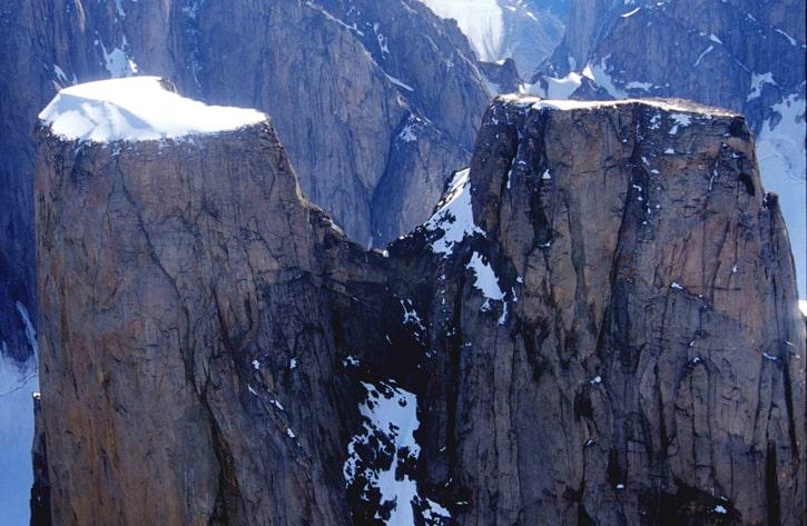 Самый большой вертикальный склон на Земле: гора Тор, остров Баффин, Канада