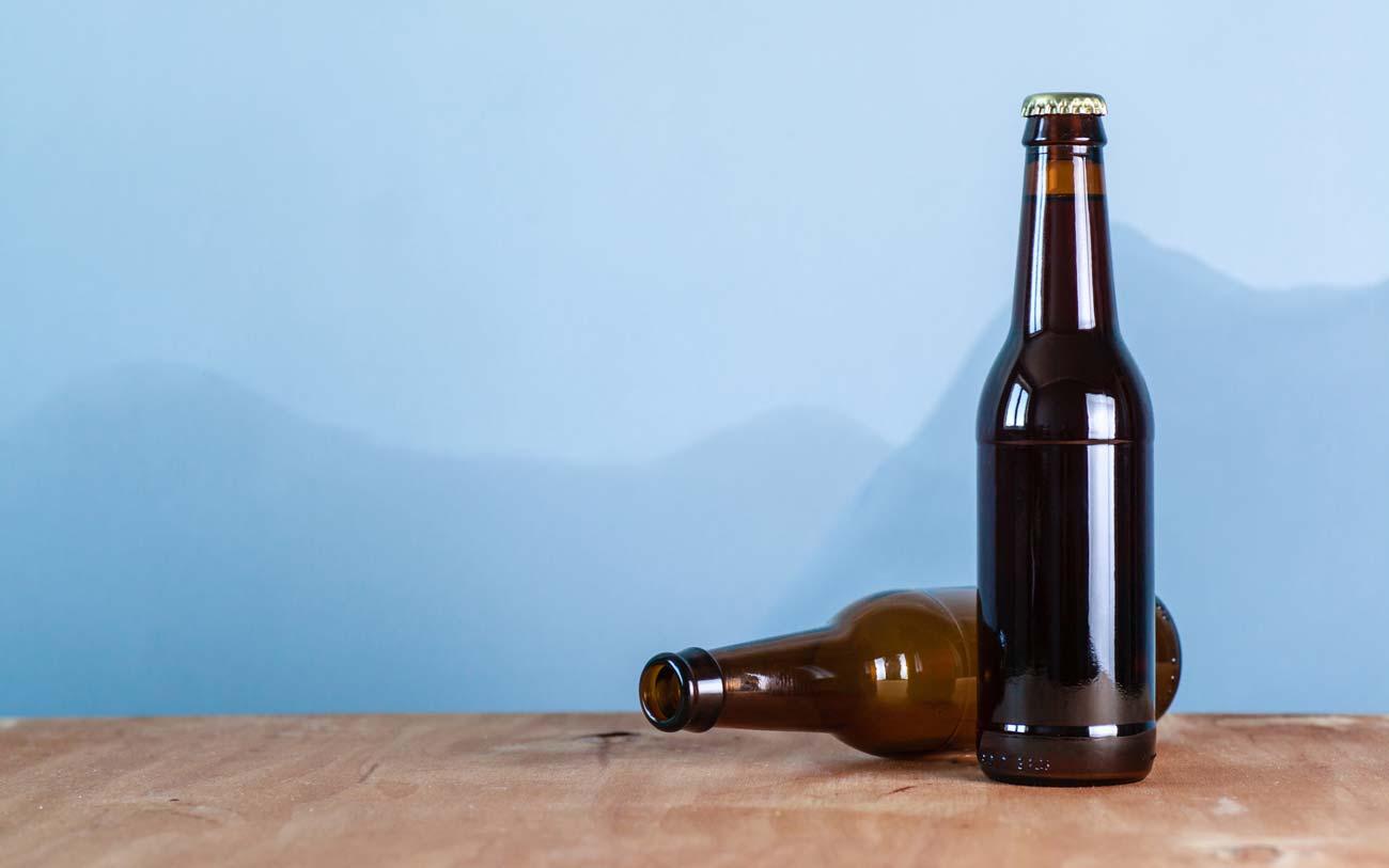 Не оставляйте пустые бутылки на столе
