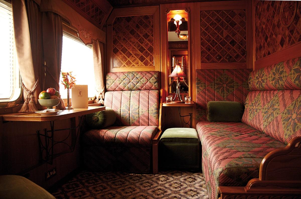 Поезд Eastern & Oriental Express