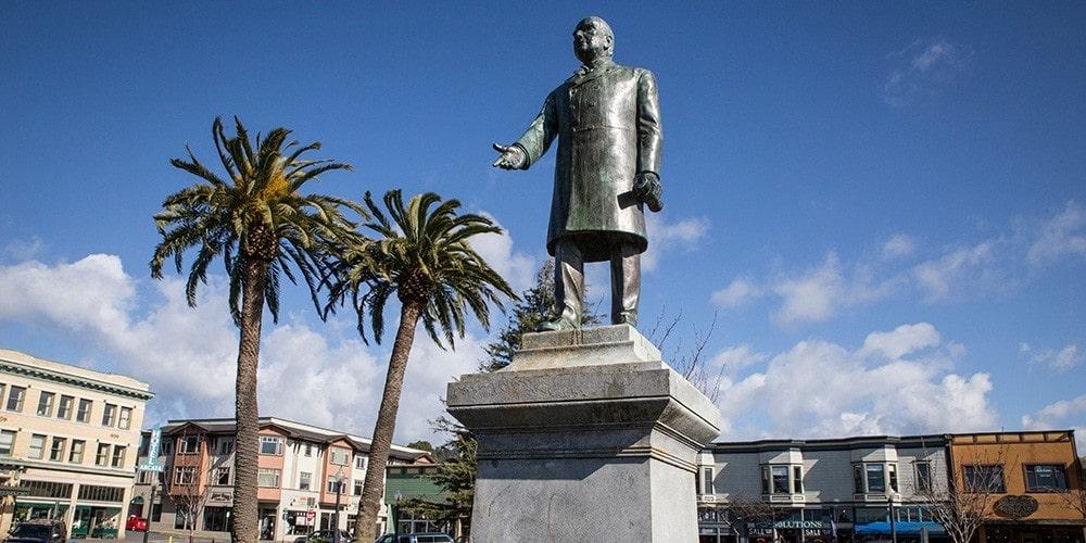 Статуя Мак-Кинли