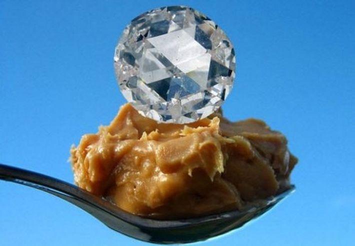 Алмаз из арахисового масла