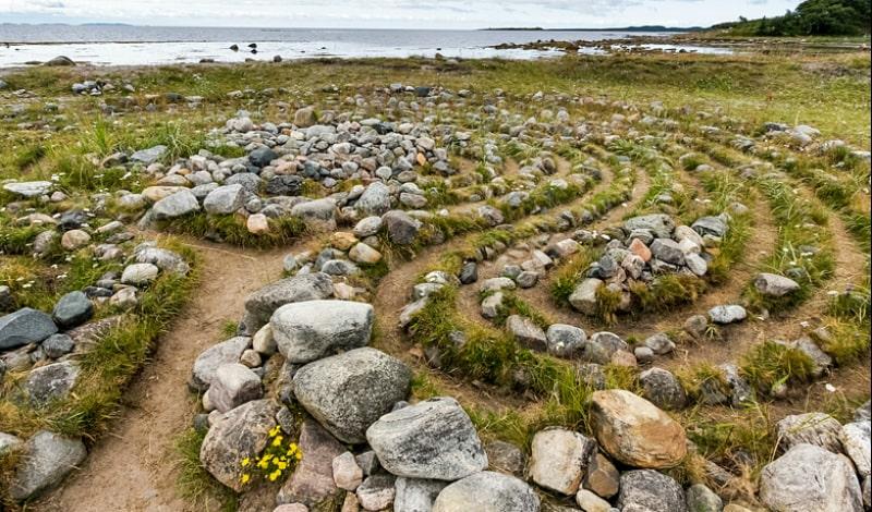 Каменные лабиринты Большого Заяцкого острова