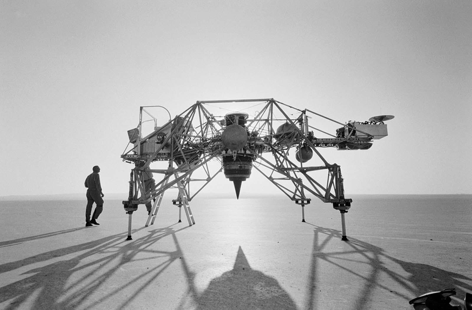 Летательный аппарат для отработки лунных посадок-min