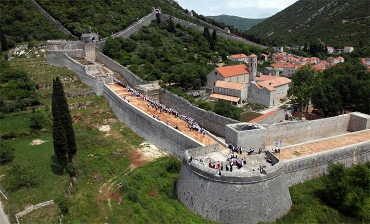 Городские стены Стона