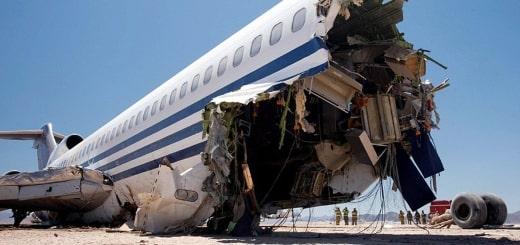 Краш-тест самолета Boeing 727 в пустыне