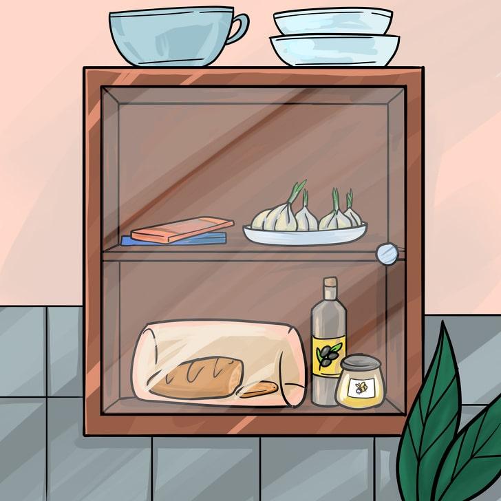 Продукты, которые следует хранить в шкафу и прятать от солнечных лучей